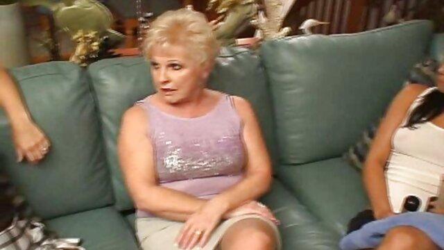 XXX keine Registrierung  Heiß-ErotiqueTV hausfrauen privat nackt